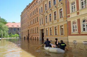 Hochwasser Strasse