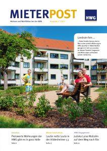 Titelseite Mieterpost 2/2015, Titelbild: Familie in Innenhof des HWG-Quartiers am Landrain