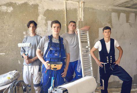Auszubildende HWG Handwerker Gruppenbild